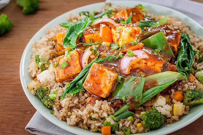 Stir-Fried Chilli Paneer 'n' Quinoa Superbowl