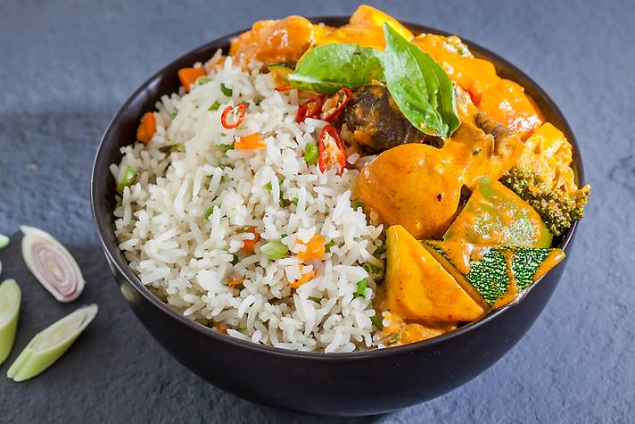 Bangkok Coconut Curry Rice Bowl
